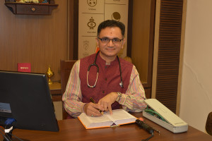 Dr-Mahavrat-Patel-Best-Homeopathy-Doctor-in-Vadodara